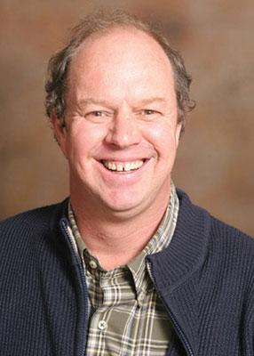 Prof. Nelus Niemandt