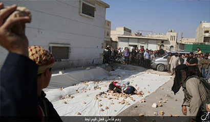 Two gay men stoned to death by Isis mob (Warning: Graphic