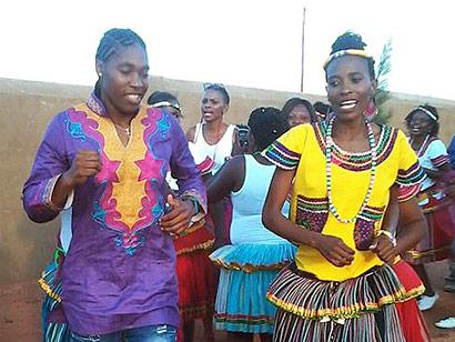 Caster Semenya & Violet Raseboya (Pic: Twitter)