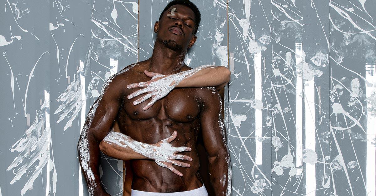 Male models Oliver Lewis and Kike Blud in the Modus Vivendi Back T line campaign